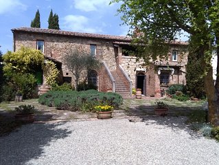 Huge Tuscany Villa for Family & Friends in Val d'Orcia, Montepulciano, Pienza