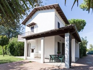 Holiday house Lido di Spina for 7 - 8 persons with 3 bedrooms - Holiday home