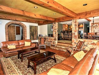 Westfall Mtn Lodge~Outdoor Spa~Pool Table/Game Room~Contemporary Decor~