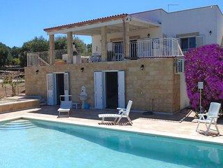 Villa rurale con piscina privata, vista mare tra gli ulivi secolari+WiFi Free
