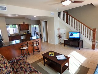 Luxurious Vacation Townhome Rental, 2 Master Bedrooms, Red Rock View