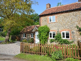 Meadow Cottage, north Norfolk for peace and quiet