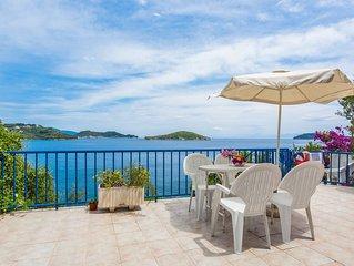 Sea View Apartment with veranda In Skiathos Town