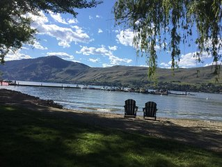 Strand on Okanagan Lake - Condo - Professionally Cleaned - Short or Long Terms