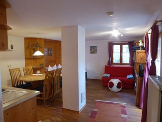 Holiday Home with mountain view, pets welcome