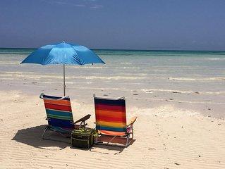 Beachfront condo directly on Grand Bahama's beautiful Coral Beach