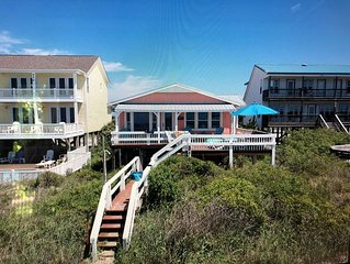 Gorgeous Renovated Beach Cottage Right On The Ocean! Sleeps 6