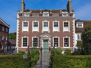 West End House - Five Bedroom House, Sleeps 10