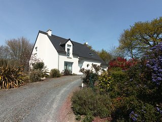 Ideally located between Mont St Michel and the landing beaches