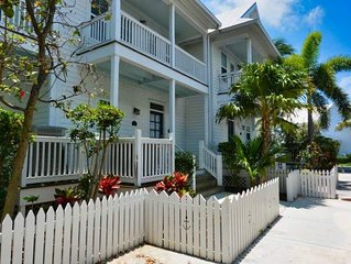 Coral Lagoon, Villa 5 - 3 Bedroom and 2.5 Bath Townhome with a Full Kitchen and
