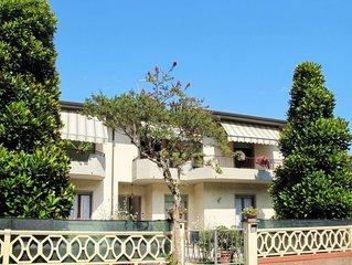 Ferienwohnung Lidia (MAS131) in Marina di Massa - 6 Personen, 3 Schlafzimmer
