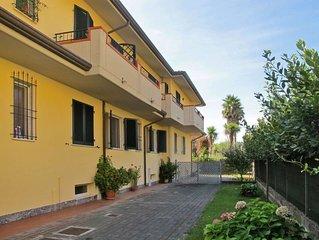 Ferienwohnung Casa Anna (MAS310) in Marina di Massa - 5 Personen, 2 Schlafzimmer