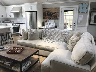 Gorgeous NEW East End cottage along water! Minutes from Hamptons and wineries!