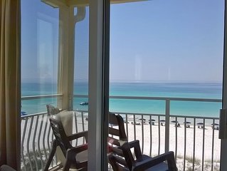 DIRECT BEACHFRONT, TOP FLOOR ,2  LEVEL , NEWLY PAINTED  WITH  MANY NEW UPGRADES