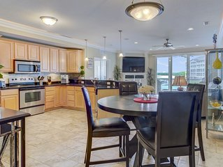 Pristine Lands' End Condo near the Pool - Boat Docks, Waterpark, Wi-Fi and More!