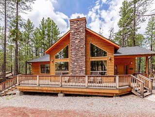Beautiful Cabin in Flagstaff, Grand Canyon Area in Tall Pines