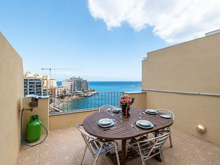 Getawaysmalta- Spinola Bay 1-bedroom Seafront Penthouse St Julian near Paceville