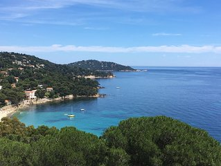 Spacieux T3 en villa pour 4 pers. avec  vue panoramique sur la Mer et les ile