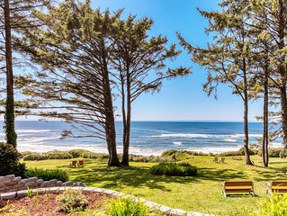 Secluded oceanfront duplex w/ private deck and sea views - recently remodeled!