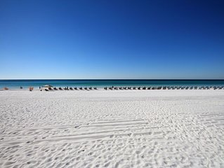 Booking for Spring!  Sandestin Beachfront. wonderful views. Tram, wifi included.