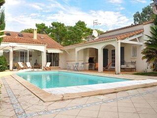 Vacation home in La Tranche - sur - Mer, Vendee - 6 persons, 3 bedrooms