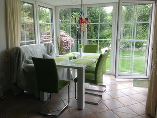 DTV 4 ****, 5 min to the beach, ground floor, large garden, conservatory!