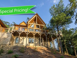 Tree Top Lodge - 15 mins from Blowing Rock Hot Tub - Pool Table, Ping Pong Toppe
