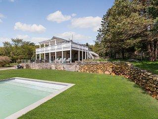 Beautiful & private 5-bdrm beach house w/  pool