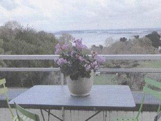 Location appartement  vue de mer dans villa a St Cast le guildo, 400m plage