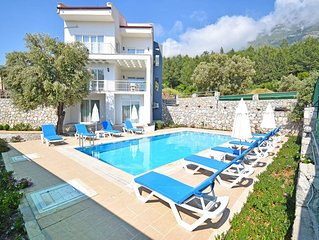 Luxury 5 bedroom en-suite villa with stunning sea and mountain views - FREE WIFI