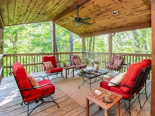 Charming Mountainside Cabin with Plenty of Upgrades & Privacy