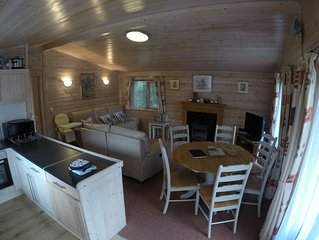 5* Shorefield Park - Fantastic 3 Bed Lodge (Sleeps 6) - Private WIFI