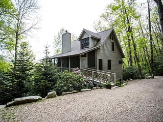 Custom Built Mountain Home on 4 Acres - 5 Miles from Old Edwards Inn
