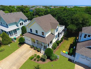 Coastal Cottage with Private Pool & Hot Tub, Linens Included  + Beds Made