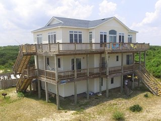 SCREAMIN' MIMI* DIRECT BEACH ACCESS *Pool* Hot tub* HUGE Living Rm*Pool table