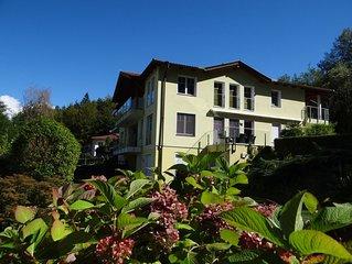 Penthouse-Apartment mit Seeblick und Seezugang in Ruhelage Veldens