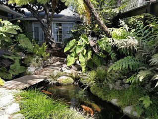 SERENITY IN CDM: Private Cottage & Gardens on XL Lot