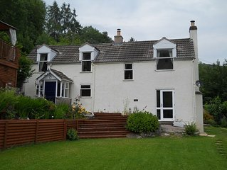 Traditional Country Cottage With Truly Amazing Views Over The River Wye