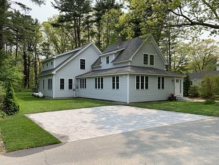 Family friendly home close to all Cape Porpoise and Kennebunkport has to offer!