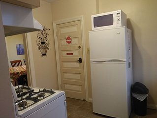 Comfortable - Spacious 2 bdrm apartment in Windsor ON Canada
