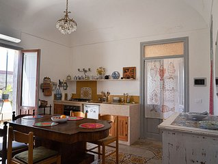 Large apartment in the historical center of Favignana (Egadian Islands, Sicily)