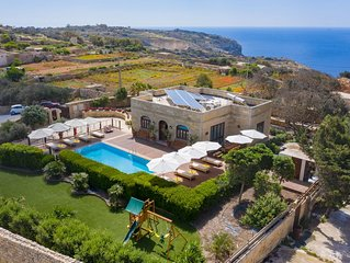 Luxury Fully Detached Villa With Private Pool in the countryside of Zurrieq