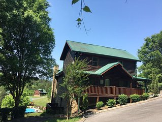 �7th Heaven  Cabins at the Crossing