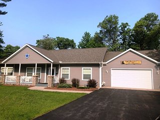 Black Bear Lodge * Spring Brook Resort | Stunning Two Level | Ideal Multi-Family