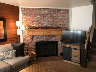 A VRCMR Rental! Private E, Wood fire & W/D- no extra $ for Amenities
