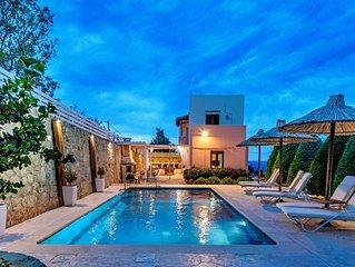 Villa Elmyra, amazing sea views, walking distance to amenities, car free holiday