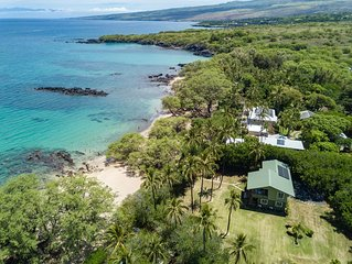 WAIALEA BAY HOME! Steps from a world class beach. AIR CONDITIONED BEDROOMS