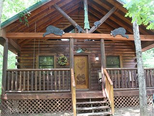Always & Forever Honeymoon Cabin**PRIVACY**Only 3 miles to DOWNTOWN PIGEON FORGE