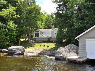 Gorgeous View Lake Muskoka Cottage