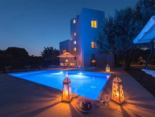 Villa DiPasquale  Near Anthony Quinn